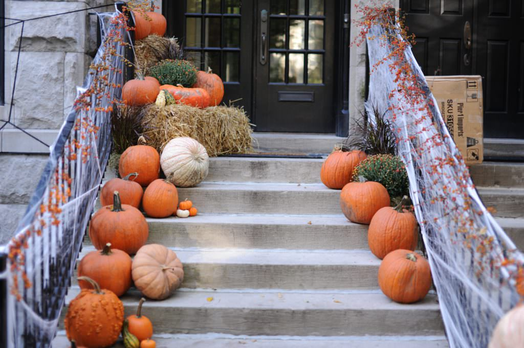 Tackling a Halloween Home Sale? Here's How