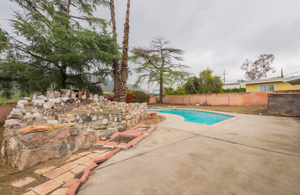 20395 Harvard Way, Riverside, CA 92507