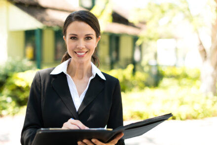 How to Choose the Best Real Estate Agency to Sell Your Home